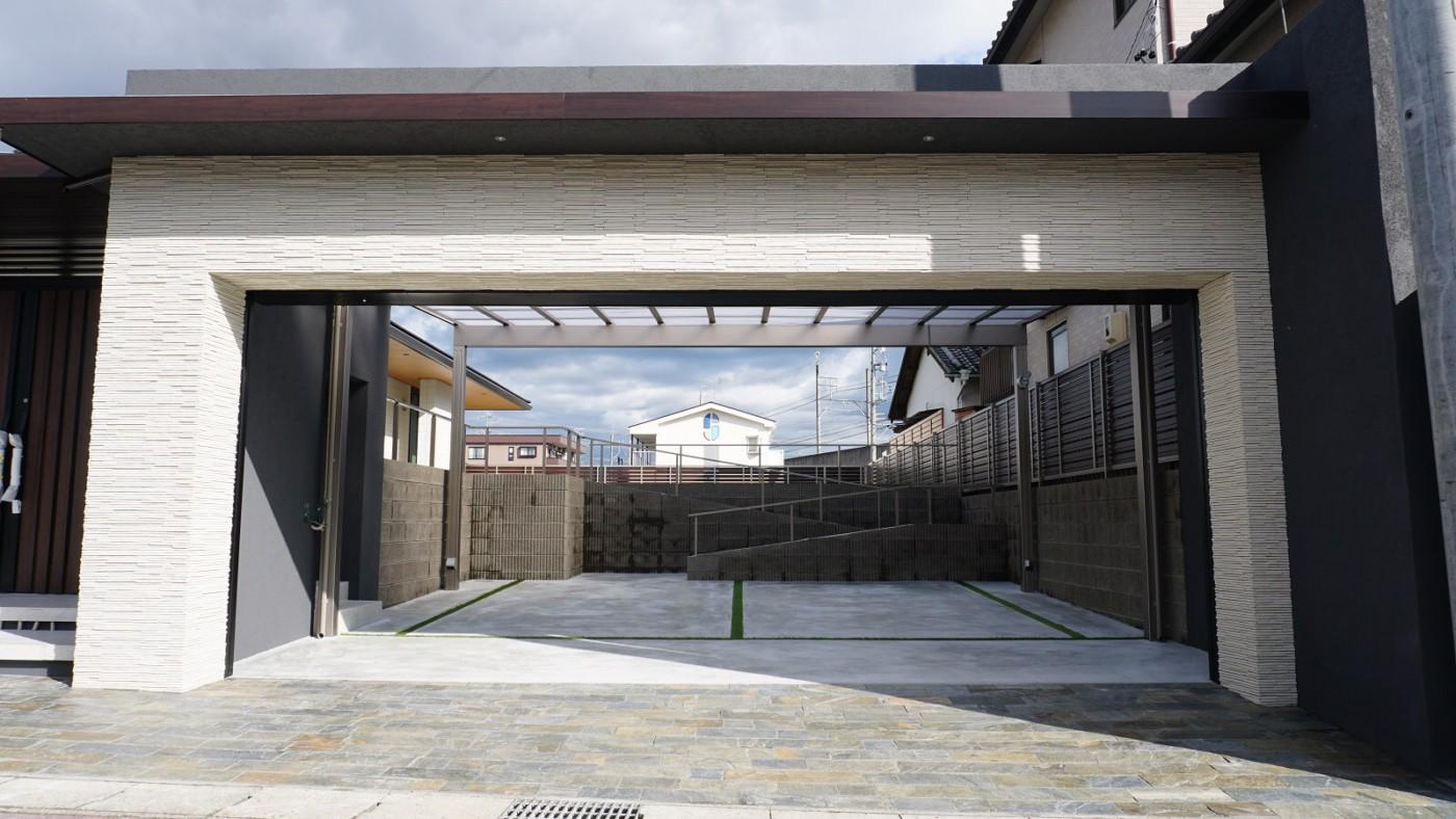 愛知県 SHIN Living union|株式会社 伸興業 グランドアートウォール施工イメージ1484_03